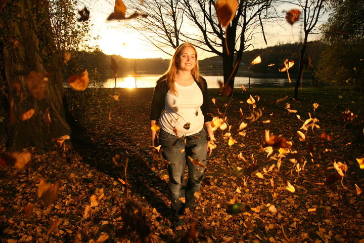 pic w/ leaves